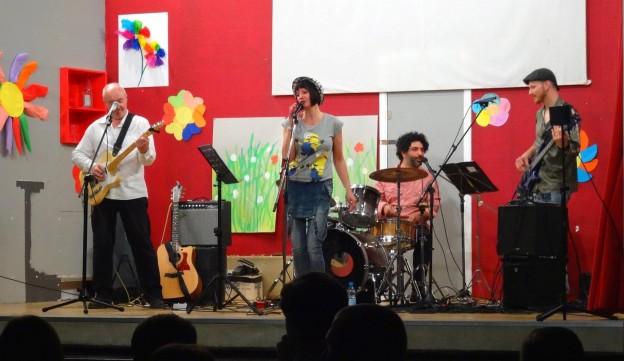 IsaMia en concert en couv